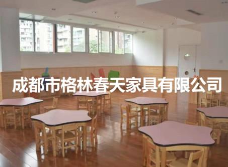 四川幼兒桌椅廠家