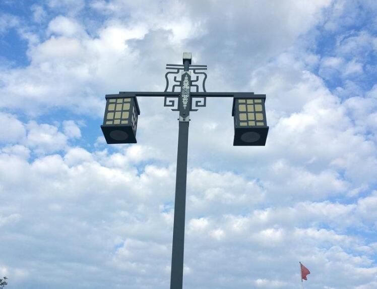 选择陕西路灯厂家的时候主营哪些方面