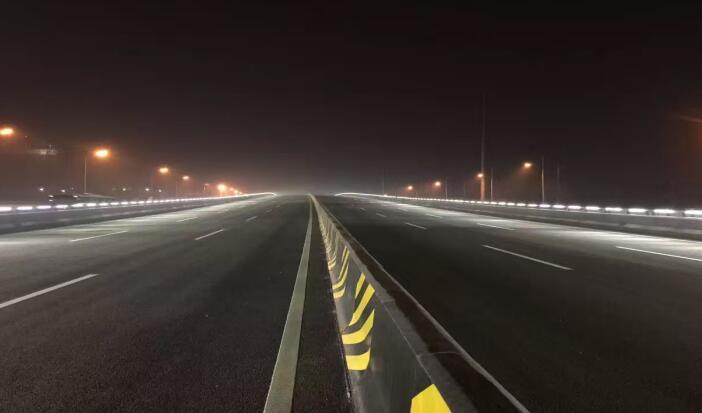 凤城四路与石化大道段立交桥亮化工程