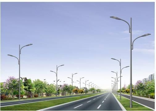 路灯的安装照亮了扶贫之路
