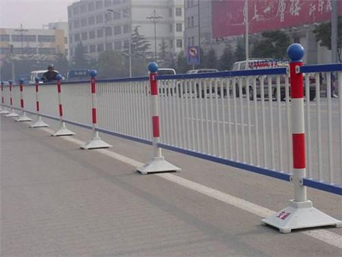 新疆护栏网价格