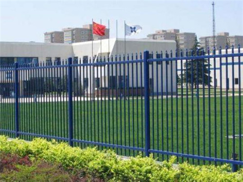 新疆锌钢护栏