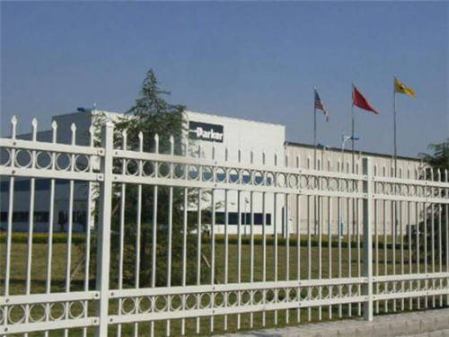 新疆护栏网厂家