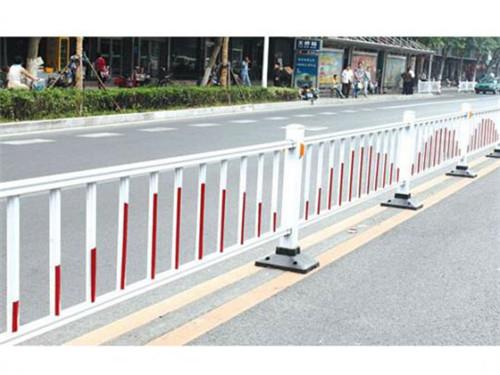 为新疆交建市政工程定制城市护栏