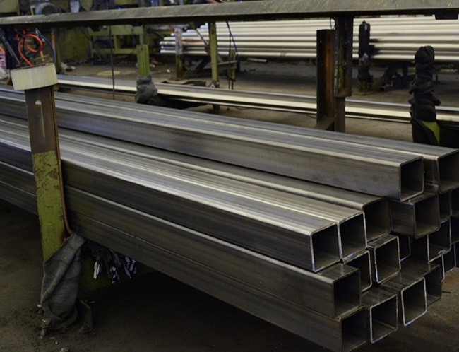 不锈钢方管生产厂区