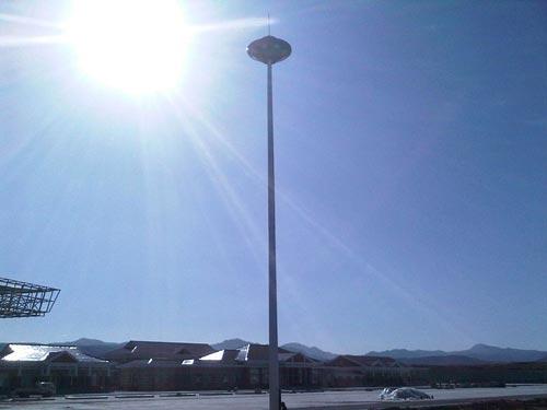 正确的太阳能高杆灯的维护