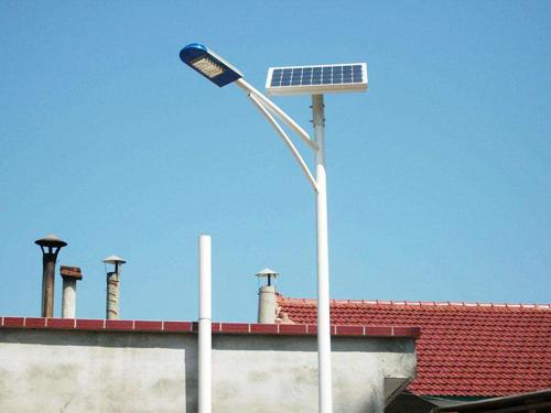 生产高质量一体化太阳能路灯的守诚灯饰放心合作