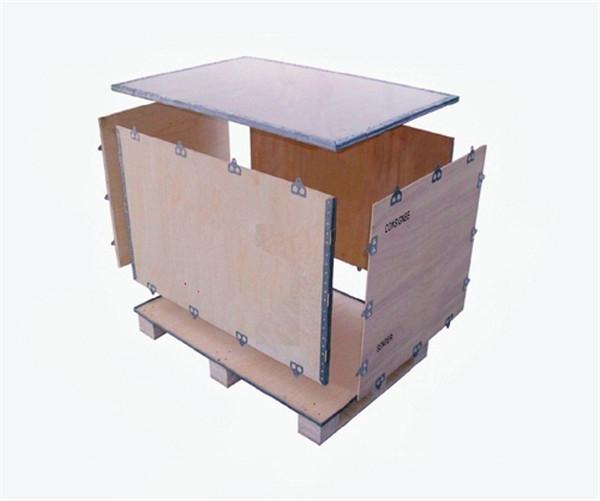 四川钢边木箱