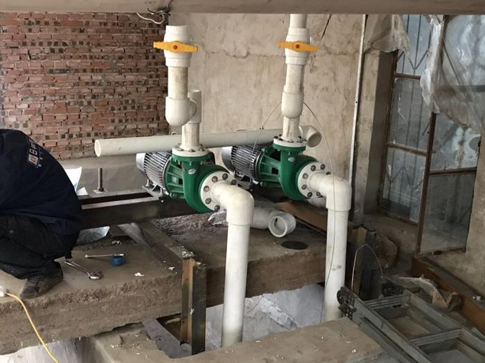 辽宁锦州喀左,脱硫塔水管连接现场