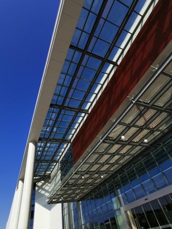设计玻璃幕墙工程的四个环节,以及设计方式