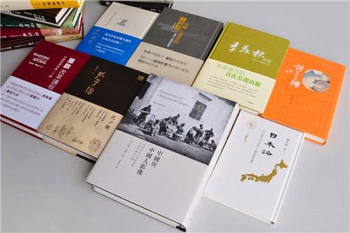 AG电投 老板告诉你四川精装书刊是怎样制作的