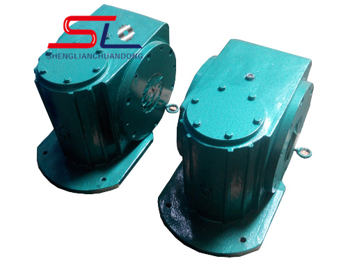 斜齿涡轮蜗杆减速机