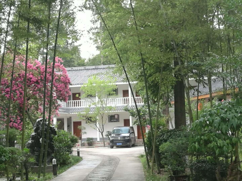 陕西度假山庄:贴心的服务,舒适的氛围,让您更放心!