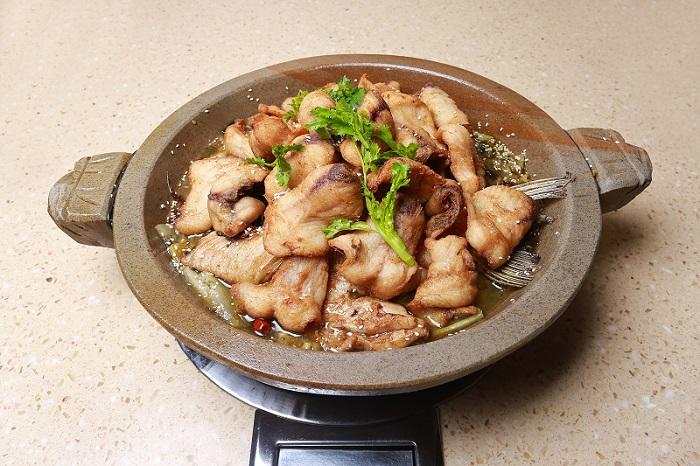 川香石锅鱼加盟酸菜过油鱼