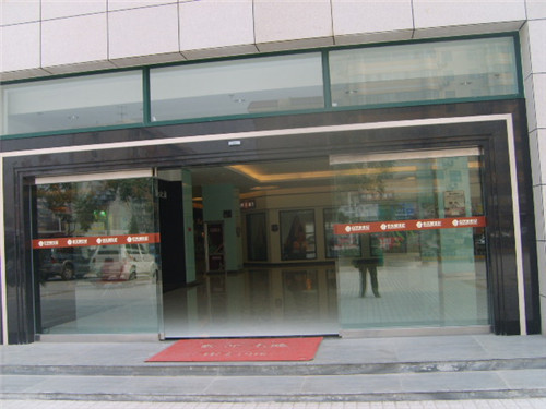 陕西玻璃自动门案例-西安莲湖大队