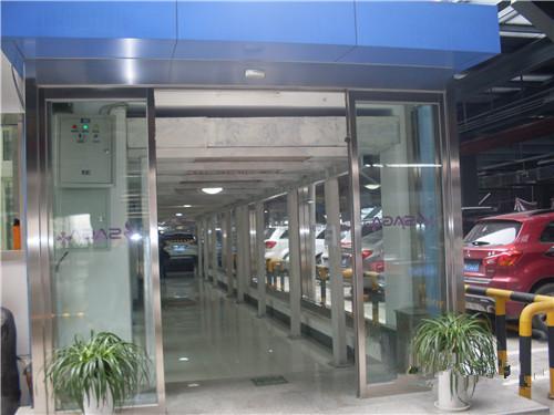 陕西玻璃自动门案例-西安小寨赛格