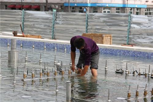 贵州飘浮式音乐喷泉施工现场