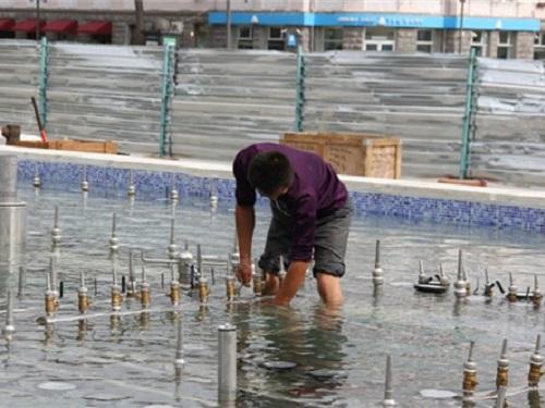 飘浮式四川喷泉贵州施工现场