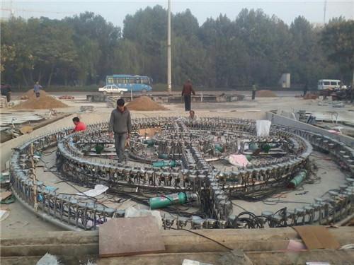 四川音乐广场喷泉施工现场
