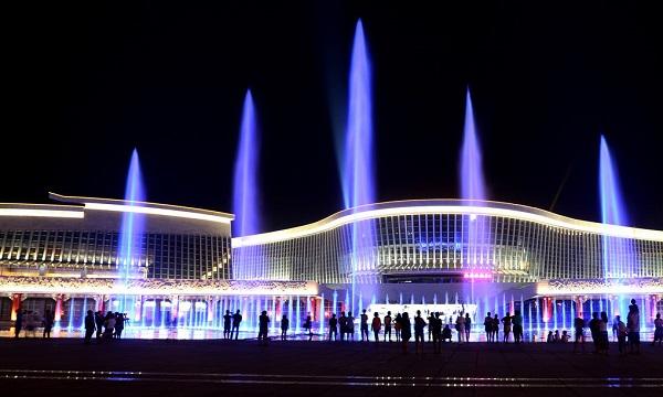 四川旱式喷泉设计