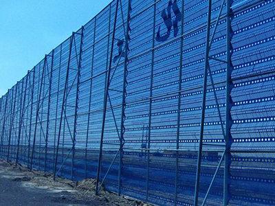分享西安爬架防尘网的组成结构
