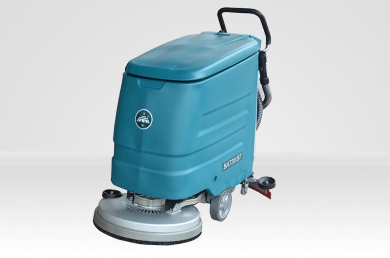 驾驶式洗地机使用前准备工作有哪些?