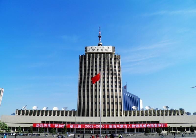 内蒙古电视台安装电动门