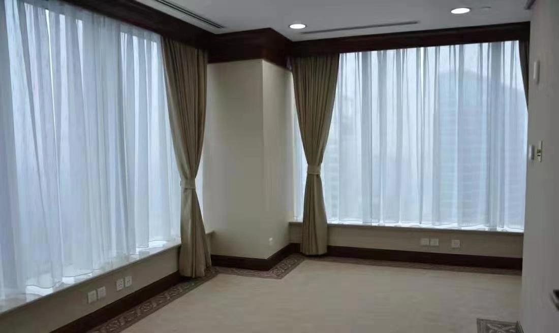 电动窗帘外观