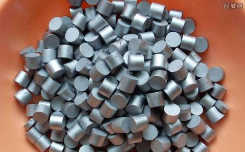 这种金属比钻石贵得多,且在中国有200多吨!