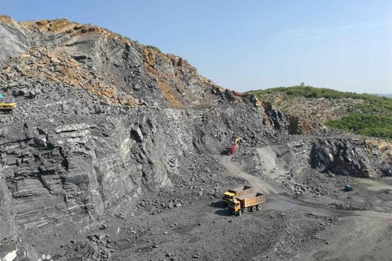 《河北省非煤礦山治理條例(草案)》提請審議