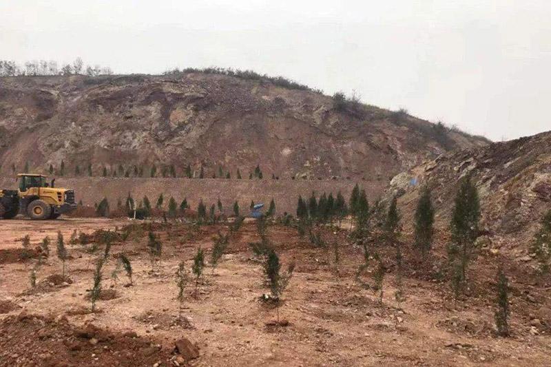內蒙古二連浩特市自然資源局積極開展露天礦山綜合整治工作