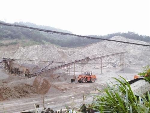 铜川市全面关闭年矿山开采规模10万吨以下采石企业