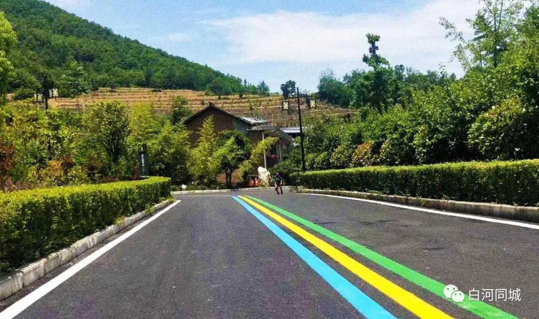 西安安康白河县旅游项目施工-西安彩色防滑施工