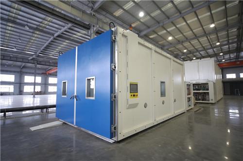 2立方步入式高低温湿热试验箱