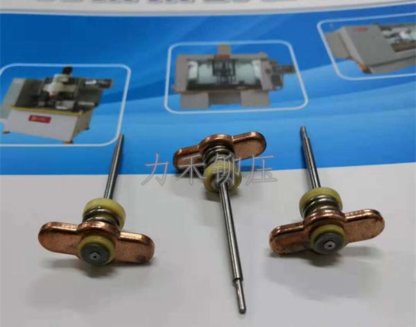 电动车屏蔽轴铆接样件