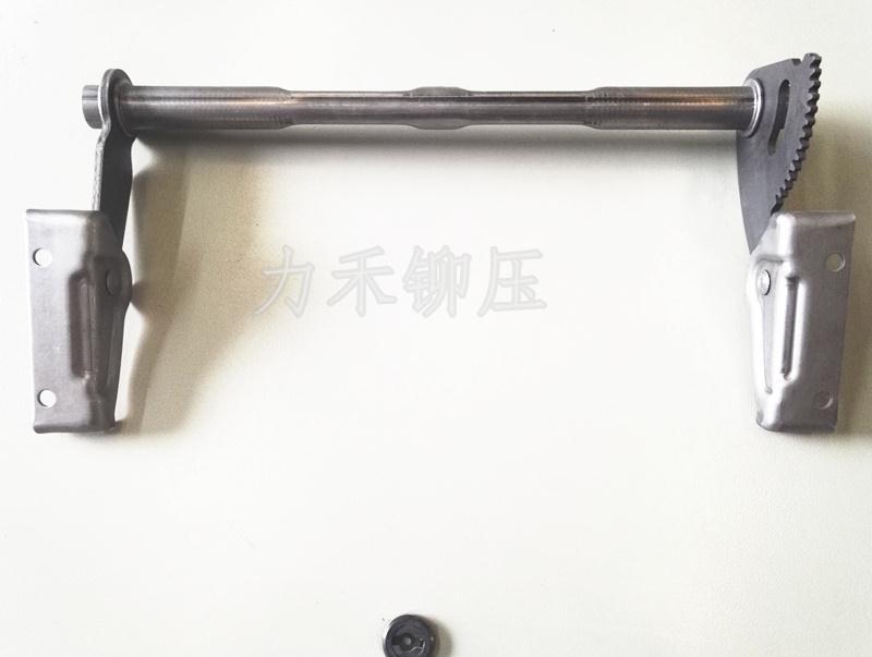 武汉力禾汽车座椅支架铆接样件