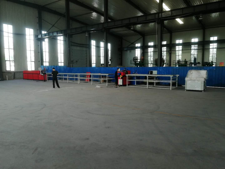 武汉力禾铆接生产线
