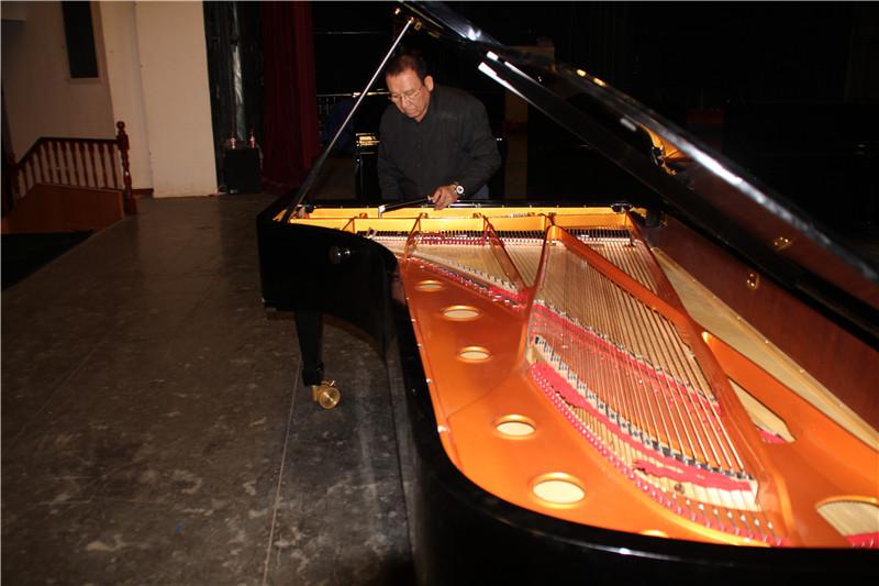 新疆珠江钢琴售后服务总监