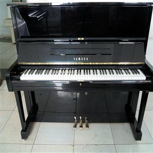 新疆珠江钢琴价格