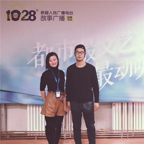 珠江钢琴调律师接受专访