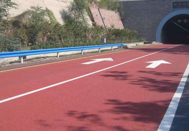 成都彩色沥青路面施工注意的事项有哪些?
