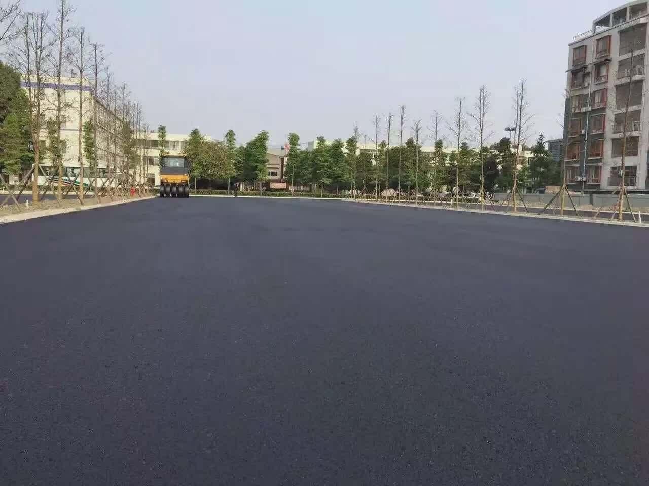 成都沥青路多长时间能正常使用?