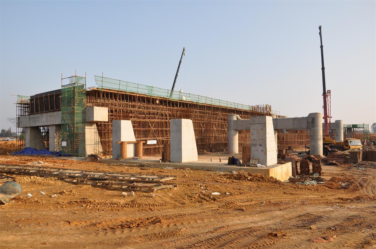 蒲都高速公路TJ-2標橋梁施工
