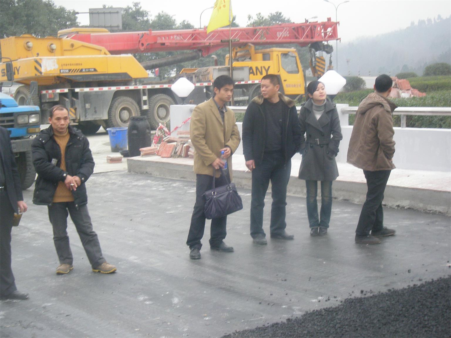 綿陽機場高架橋加固工程