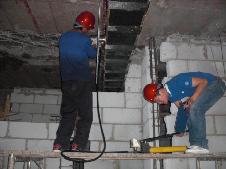 建筑加固施工人員施工質量檢查