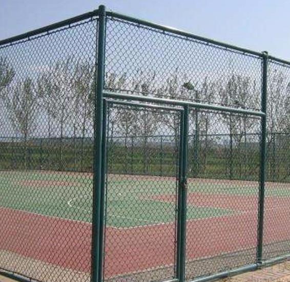 体育场围网也是需要日常维护的,你知道日常≡维修有哪些要做的工作吗 ?