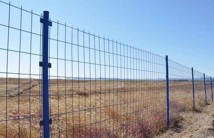 想要使用效果好,护栏网的保养检修少不了!