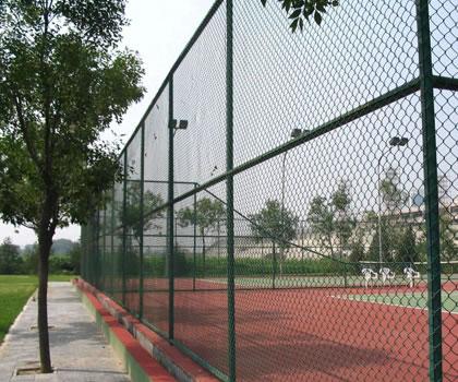 篮球场围网的防腐处理需要做这3点,才保】证其使用年限更长久!