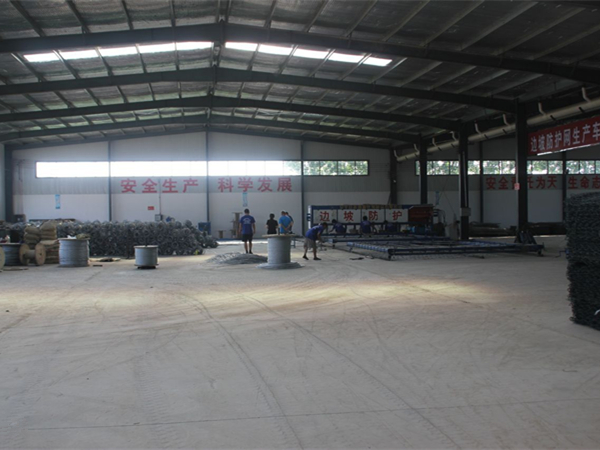 球场围网生产环境展示