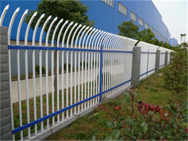 博高庭院镀锌护栏●安装